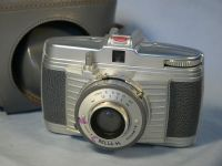 '   BELLA 44  ' Bilora Bella 44 Vintage  Camera £9.99
